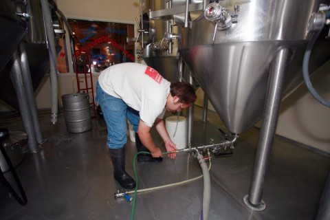 Jeremy hooks up the fermenter...